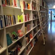 Le seul mur utilisable pour y ranger des livres (CC-BY-Hortensius)
